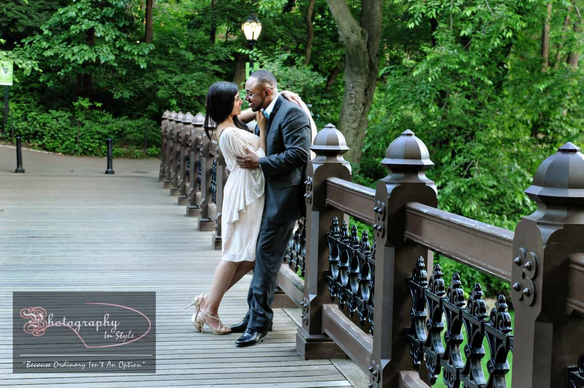 central-park-engagement-ideas-photography-in-style