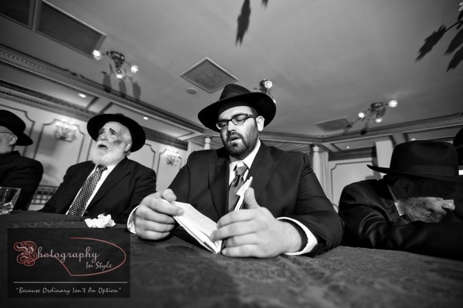 groom-jewish-weddings-photography-in-style
