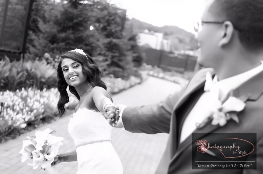 black-and-white-wedding-photographers-photography-in-style