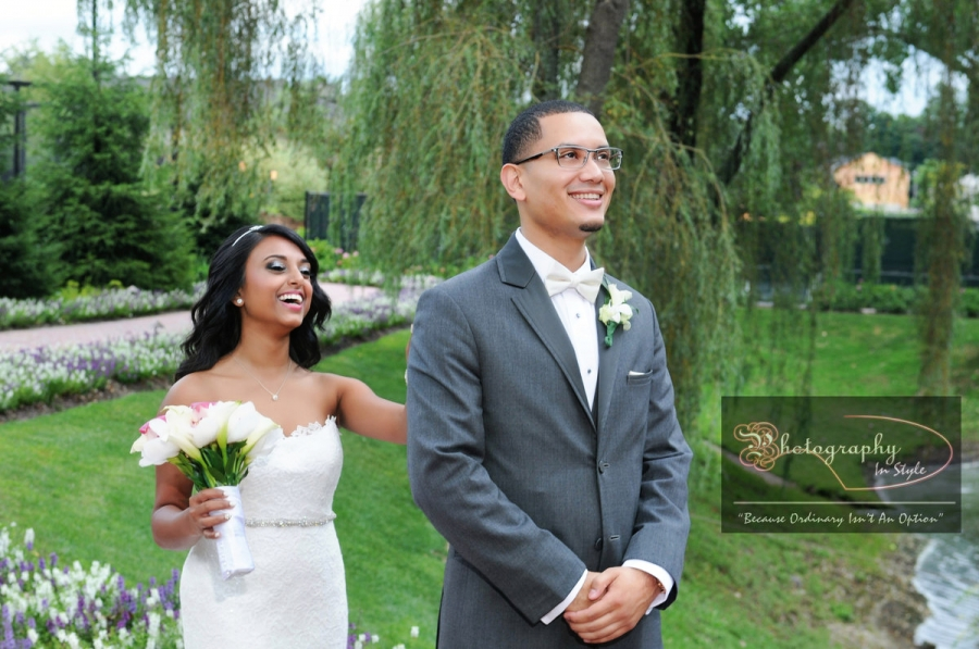 fun-wedding-moments-at-crest-hollow-country-club