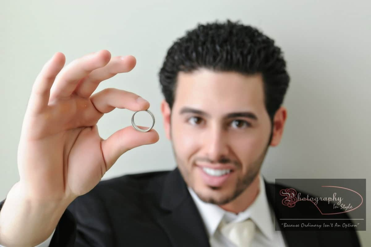 grooms-wedding-ring-photography-in-style