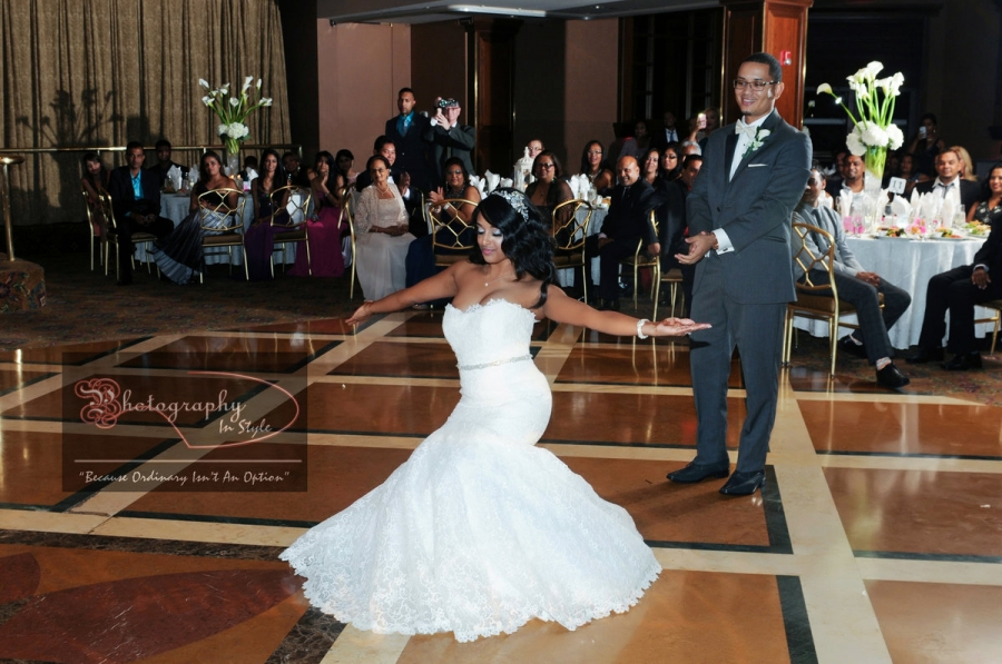 wedding-dance-theme-songs-photography-in-style