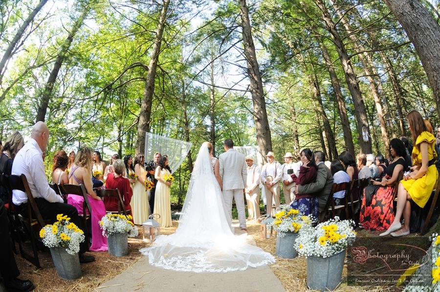 outside-weddings-magnolia-streamside-resort
